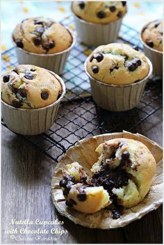 Cuisine Paradise | Singapore Food Blog - Recipes - Food Reviews - Travel: Nutella Cupcakes with Chocolate Chips
