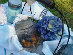 Charming picnic ideas : )