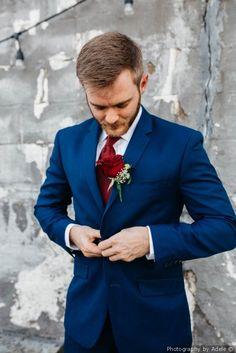 Navy blue tuxedo + red tie + rose boutonniere - groom attire idea Photography by Adele Blue Tuxedo Wedding, Red Tuxedo, Wedding Tux, July Wedding, Wedding Ideas, Wedding Colors, Groomsmen Attire Navy, Navy Blue Tuxedos, Blue Suit Men