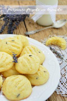 Fursecuri cu lavanda Sweets Recipes, Desserts, Cereal, Food And Drink, Cookies, Breakfast, Cake, Food Heaven, Sweets