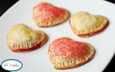 Made these lovely little Valentine pies this afternoon! Yum!!
