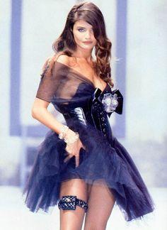 Helena Christensen at Chanel f/w 1991