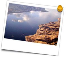 The Okanagan Valley is one of the warmest parts in all of Canada and offers a huge array of beautiful sandy beaches and... http://www.air-hart.com/tours/kalamalka.php