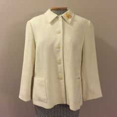 Gorgeous White Blazer Gorgeous vintage white blazer. Size 14P. It shimmers in the light. Very good condition. Vintage Jackets & Coats Blazers