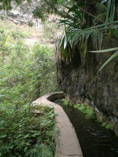 Chemin des 3 bassins Venez profitez de la Réunion !! www.airbnb.fr/c/jeremyj1489