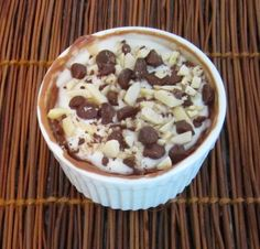 Microwave mini-chocolate cheesecakes - easy, single serving desserts