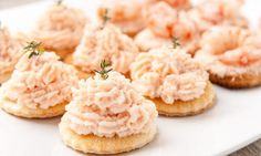Salmon recipes 499547783659671650 - Mousse de saumon Source by baindominique Best Salmon Recipe, Salmon Recipes, Great Appetizers, Appetizer Recipes, Great Recipes, Favorite Recipes, Baked Salmon, Finger Foods, Food Inspiration