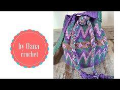 In questo tutorial Oana spiega come finire la borsa di tipo mochilla wayu… Crochet Coin Purse, Crochet Purses, Knitting Videos, Crochet Videos, Filet Crochet, Knit Crochet, Chevron Purse, Mochila Crochet, Crochet Storage