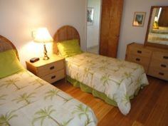 $150 2nd bedroom w/ two twin beds. Unit can be rented as a one bedroom w/o this room.