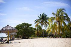 Safia_Calzdonia_plage1 Patio, Outdoor Decor, Travel, Court Yard, Terrace