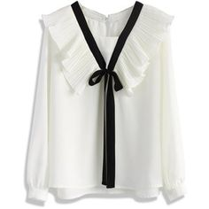 Chicwish Contrast White Top with Accordion Pleats