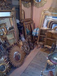 Mirrors @ a Paris antique market