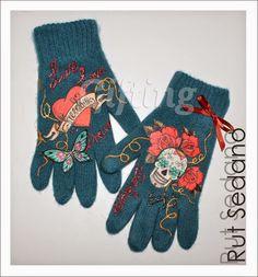Dale un estilo propio a los guantes decorándolos a tu gusto.