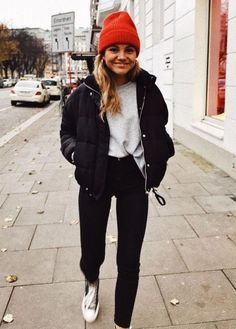 winter outfits new york Xoxo - winteroutfits Outfits Hipster, Mode Outfits, Cute Casual Outfits, Fashion Outfits, Jean Outfits, Fashion Clothes, Fashion Ideas, Hijab Casual, Ootd Hijab