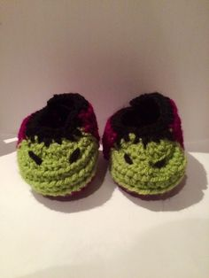 Un favorito personal de mi tienda Etsy https://www.etsy.com/ie/listing/228622627/hulk-booties-baby-shoes-crochet-and
