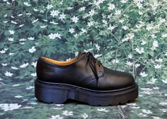 Rare 90s Doc Martens Platform LaceUp Oxford by CULTcollection
