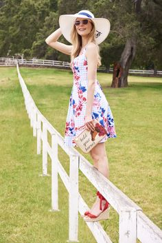 Introducing the Draper James Derby Collection! Horse Race Outfit, Races Outfit, Preppy Look, Preppy Style, Kentucky Derby Outfit, Southern Belle Dress, Derby Outfits, Southern Fashion, Derby Dress
