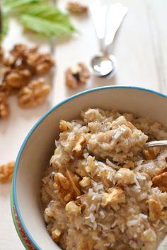 """Je suis bien heureuse de partager avec vous cette recette aujourd'hui, d'autant plus qu'elle figure à la page 44 du numéro de novembre du magazine Plantes & Santé , dans le dossier """"Manger sain"""" consacré aux noix. La noix est riche en matières grasses..."""