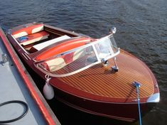 If you love woodworking then learning how to build a fishing boat yourself can be a rewarding adition to your woodworking skills. Old Boats, Small Boats, Runabout Boat, Classic Wooden Boats, Boat Safety, Woodworking Skills, Super Yachts, Boat Design, Power Boats