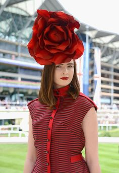 ASCOT, ENGLAND - JUNE 16:  A guest attends day 3 of Royal Ascot at Ascot Racecourse on June 16, 2016 in Ascot, England.  (Photo by Kirstin Sinclair/Getty Images for Ascot Racecourse)
