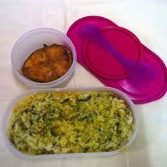 Indian Lunch Box, Spinach Dal, Dal Fry, Fried Fish Recipes, Fish Fry, Lentil Curry, Steamed Rice, Lunch Box Recipes, Lunch Time
