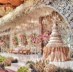 ✔ 20 best wedding reception stage decoration ideas for 2019 00009 Wedding Themes, Wedding Designs, Wedding Venues, Wedding Halls, Cake Wedding, Wedding Ceremonies, Wedding Ideas, Wedding Pictures, Stage Decorations