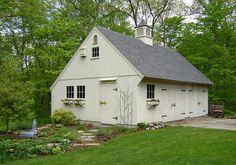 Shed Roof, House Roof, Farm House, Garage Plans, Shed Plans, Barn Garage, Garage Ideas, Garage Doors, House Plans