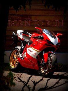 I <3 Ducati