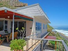 4 bedroom House for sale in Misty Cliffs for R 3 650 000 with web reference 571534 - Jawitz False Bay/Noordhoek