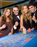 Win real money gambling in online casinos with good reputations, or play free casino games.