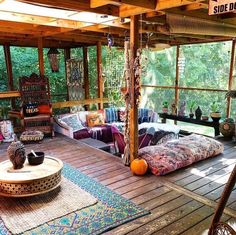 34 lovely hippie home decor ideas you should try now the sixties were a time of enormous change both technologically and socially the space race was on and the american culture was focused on sputnik check my other quot;home decor ideas quot; Warm Home Decor, Hippie Home Decor, Bohemian Decor, Modern Hippie Decor, Bohemian Living, Hippie Apartment Decor, Bohemian Interior, Hippy Room, Interior And Exterior