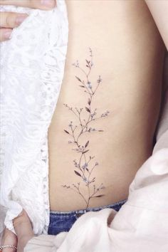 How to Ink a Beautiful Flower and Butterfly Tattoo? Vine Tattoos, Dainty Tattoos, Pretty Tattoos, Beautiful Tattoos, Body Art Tattoos, Small Tattoos, Sleeve Tattoos, Cool Tattoos, Tatoo Floral