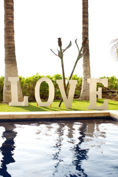 Island Inspiration: From a tropical wedding :)