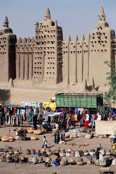 market, Great Mosque, Mali | Peter Menzel Photography