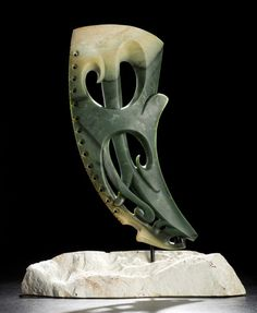 Maori Sculpture by Lewis Tamihana Gardiner Nz Art, Art For Art Sake, Maori Patterns, Maori People, Australian Painting, Polynesian Art, Maori Designs, New Zealand Art, Turtle Painting