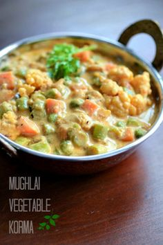 mughlai vegetable korma recipe, easy vegetarian curry with a mix of vegetables… veg recipes Easy Vegetarian Curry, Vegetarian Cooking, Cooking Recipes, Easy Recipes, Vegetarian Barbecue, Cheap Recipes, Cooking Bacon, Italian Cooking, Cooking Games