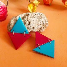 Hanna son los pendientes geométricos de colores de Garre Design. Etsy, Earrings, Design, Fashion, Handmade Jewelry, Hand Made, Earrings Handmade, Ligers, Colors