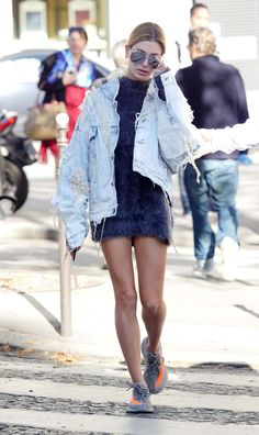 """baldwinupdates: """"  October 4: [HQs] Hailey out and about in Paris, France """""""