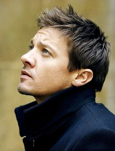 Jeremy Renner poses at a portrait session for the Los Angeles Times on December 23, 2010 in Los Angeles, California.