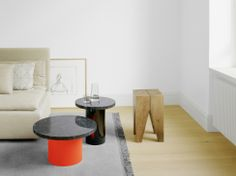 Marble meets oak: side table ENOKI with stool BACKENZAHN™, both by Philipp Mainzer. www.e15.com #e15 #red #black