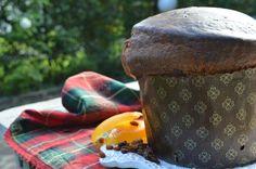 Rendi speciale il tuo natale preparando in casa un favoloso e soffice panettone Bimby da offrire ai tuoi cari.