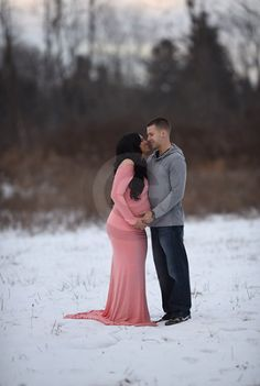maternity photography maternity gown flower crown maternity photography poses winter maternity photos ideas couples photoshoot