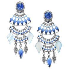 【フランク エルヴァル】リリィブルーシリーズ メタルピースイヤリングシェルの透明感のあるブルーの色合いと立体的に表現されたデザインが特徴の、セレブ感たっぷりに耳元をゴージャスに彩る大振りのイヤリングです。