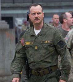 #BillPaxton es el Sargento Farrell en #AlFiloDelMañana Viernes estreno