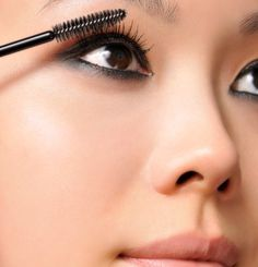 10 Smarter Ways to Put on Make-Up