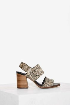 Vagabond Lea Leather Heel
