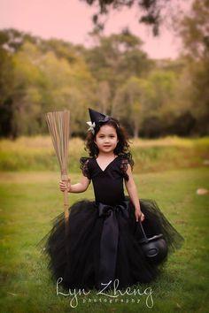 Halloween witch Small hat  Back bow black crinoline