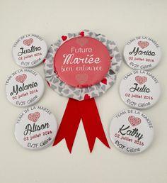 Lot de 12 badges EVJF design fleuri rose & vert date prénom