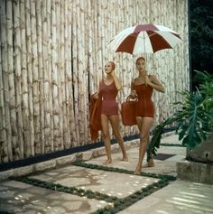 Such stylish 1950's summer beach babes by Clifford Coffin