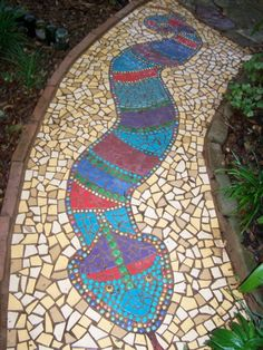 Joy Leal, a member of Pedernales and Victoria electric cooperatives, says she made this mosaic snake to brighten a garden pathway in her drought-stricken backyard. Coffee Menu, Coffee Type, Coffee And Books, Coffee Poster, Black Coffee, Sunday Coffee, Coffee Girl, Coffee Cozy, Italian Coffee Maker